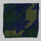 Fiorio - Abstract print pocket square green